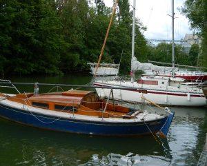 Bateaux dans la bras de Seine la marina