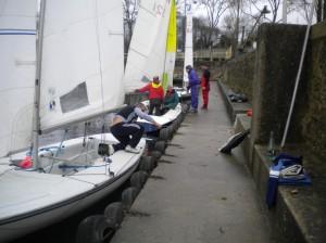 Au ponton sur le lac de Viry, préparation des VO